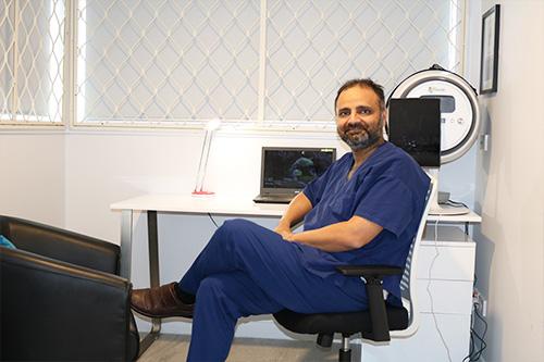 dr-dilawar-singh-profile-skin-logics